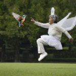 笑撃の自撮り写真が話題呼ぶ! 89歳の写真家 西本 喜美子さん